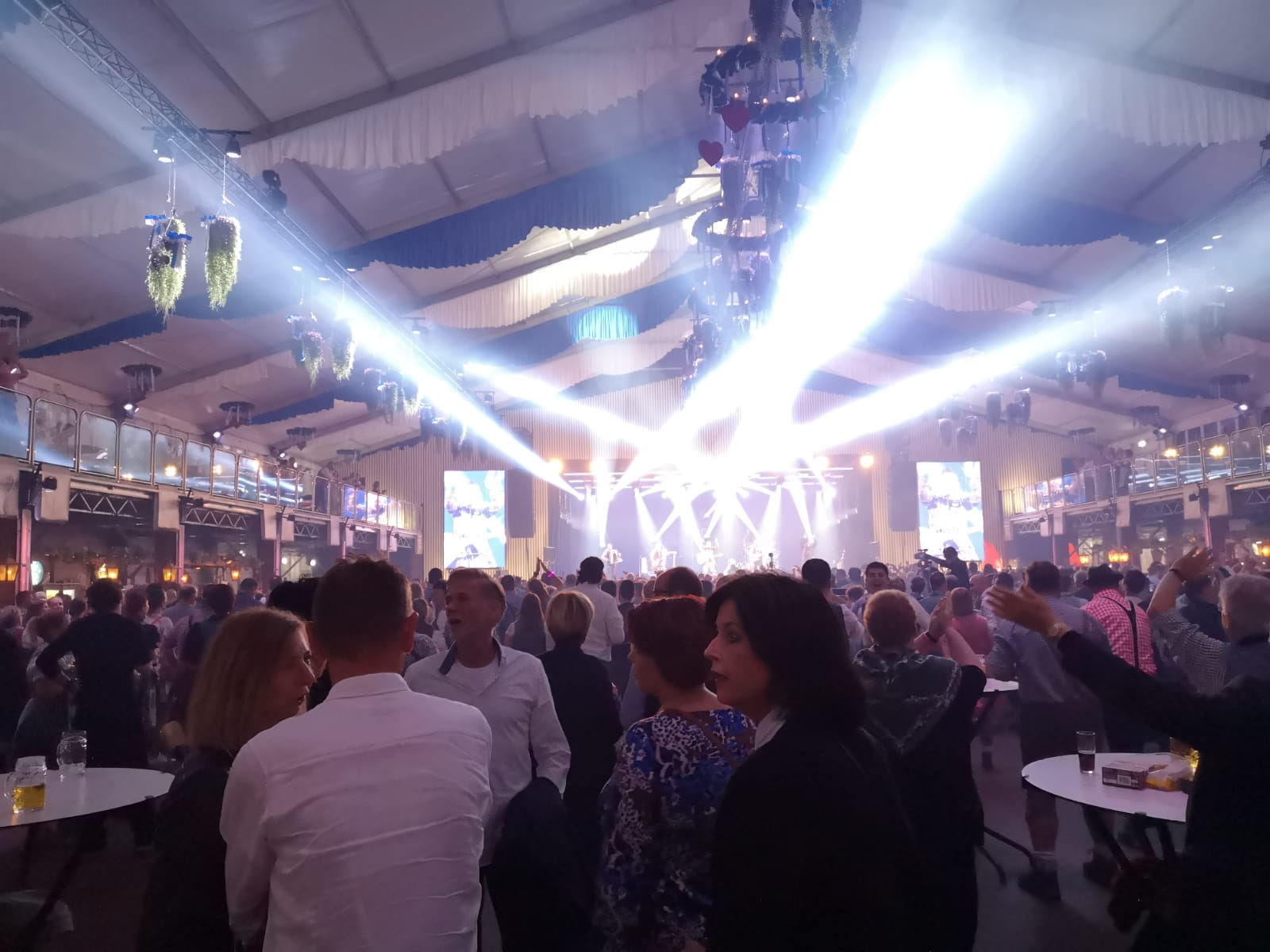 Vollgas Orchester Best of 50 Volles Haus